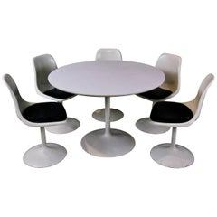 MCM Set of Saarinen Style Table and Chairs