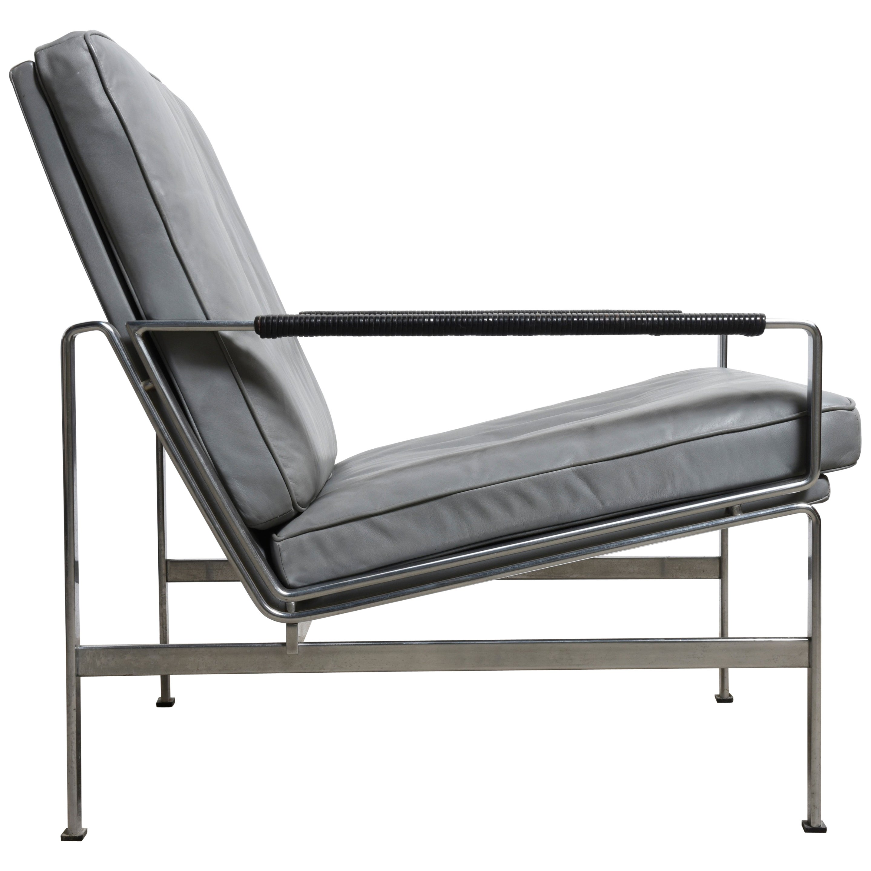 FK 6720 Classics of Midcentury Modernism Lounge Chair by Fabricius and Kastholm