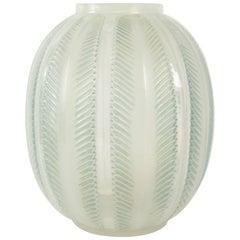 """René Lalique Opalescent """"Biskra"""" Vase"""