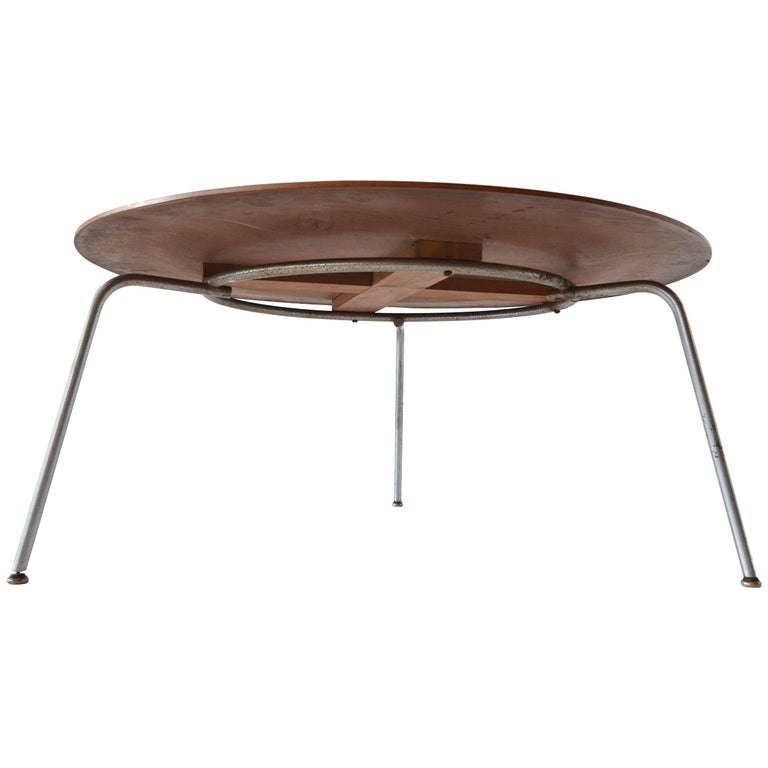 charles eames prototype three leg coffee table circa 1946. Black Bedroom Furniture Sets. Home Design Ideas