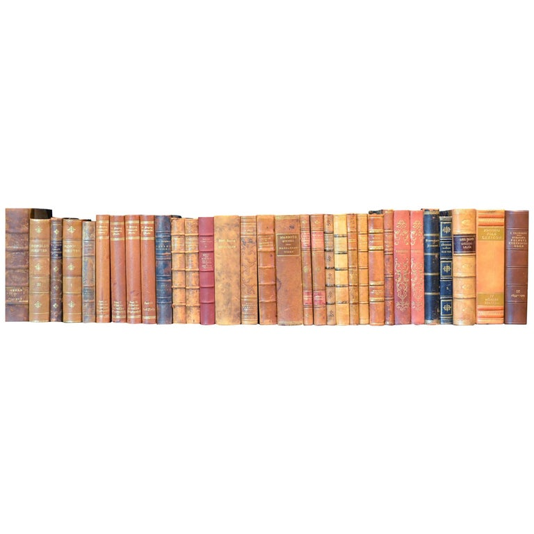 Metre of Early 20th Century Leather Bound Books, Series 25/26 For Sale