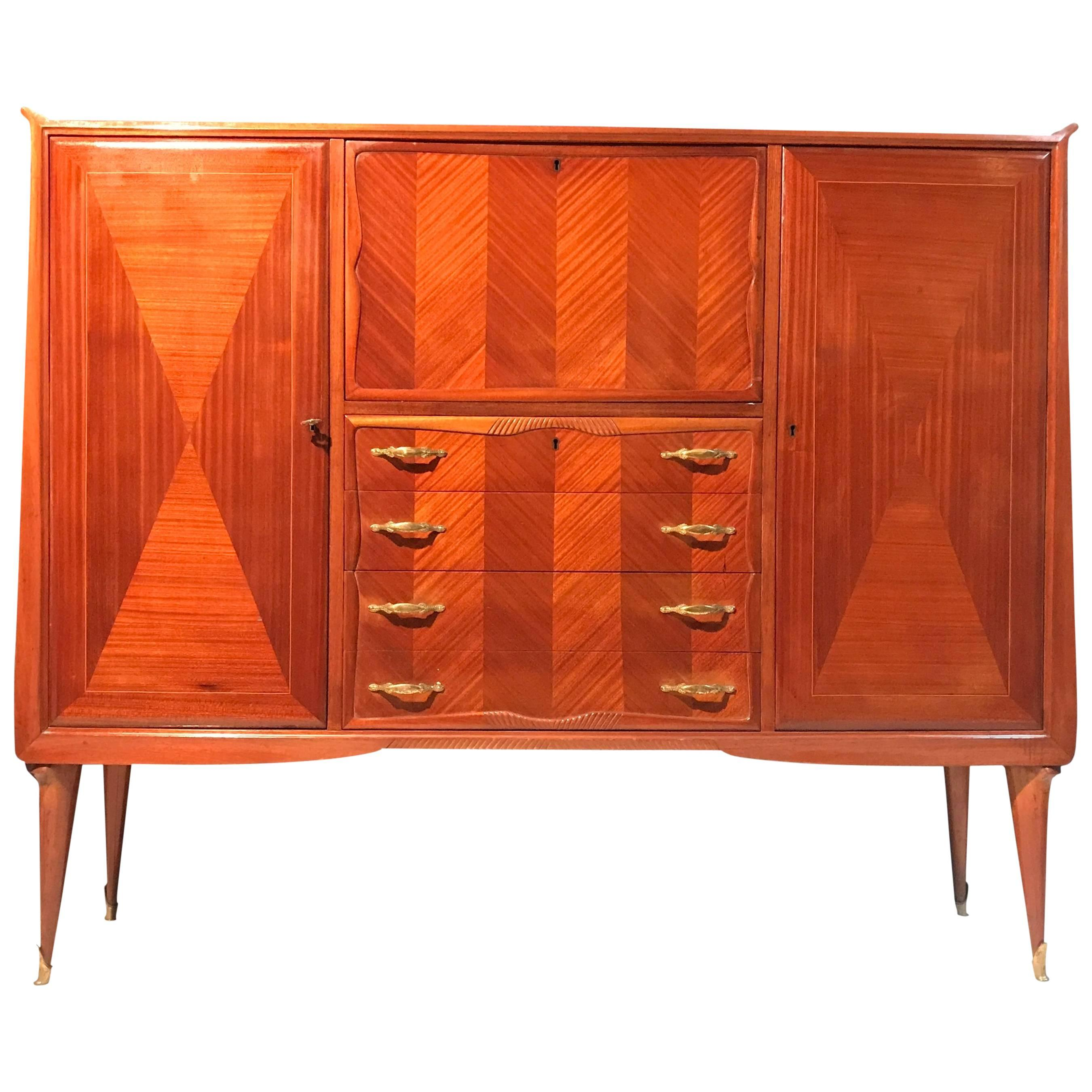 Elegant Italian Midcentury Bar Cabinet in the Style of Paolo Buffa, 1950s