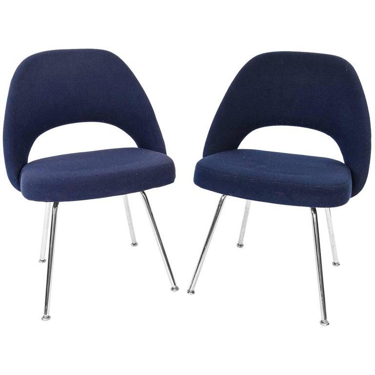 Pair of eero saarinen executive armless chairs for sale at for Saarinen executive armless chair