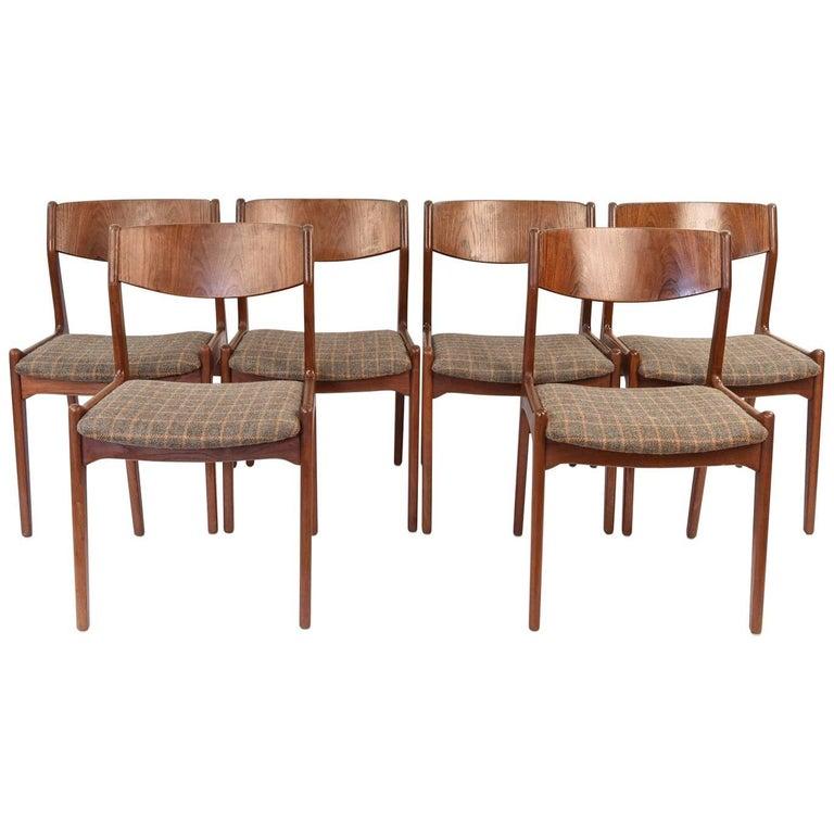 (6) Henning Kjærnulf for Sorø Møbelfabrik Model 318 Danish Dining Chairs, 1960