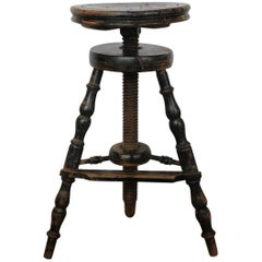 1900s French Artist's Adjustable Wood Stool