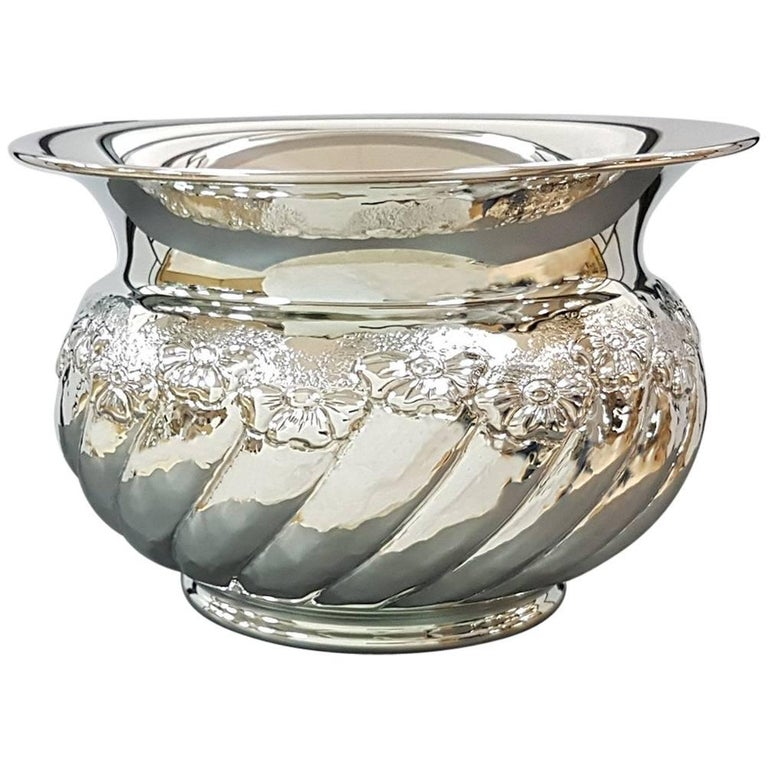 """20th Century Italian Sterling Silver tochon """"Cachepot"""" with embossed flowers For Sale"""