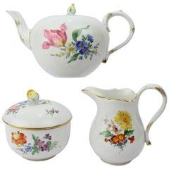 Meissen Porcelain Tea Set with 'Deutsche Blumen' Flower Decoration, 20th Century