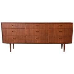 Arne Vodder for Falster Danish Modern Nine-Drawer Teak Long Dresser or Credenza