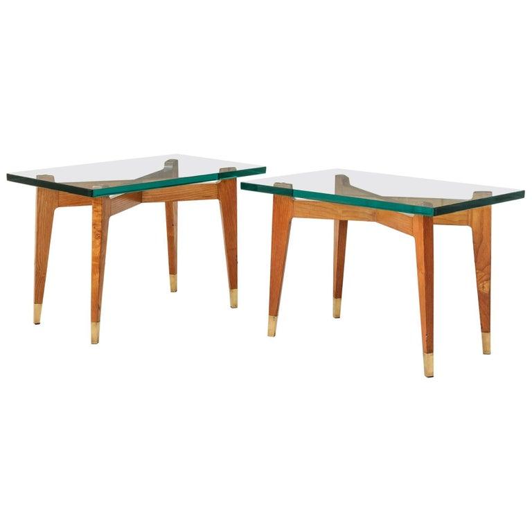 Vintage Pair of Side Tables in Oak 1