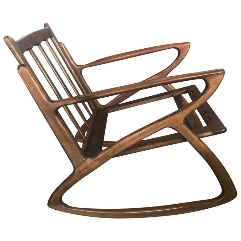 Italian Rocking Chair 1950s Organic Design, Midcentury For Sale