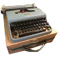 Olivetti Lettera 22 Typewriter, 1960s