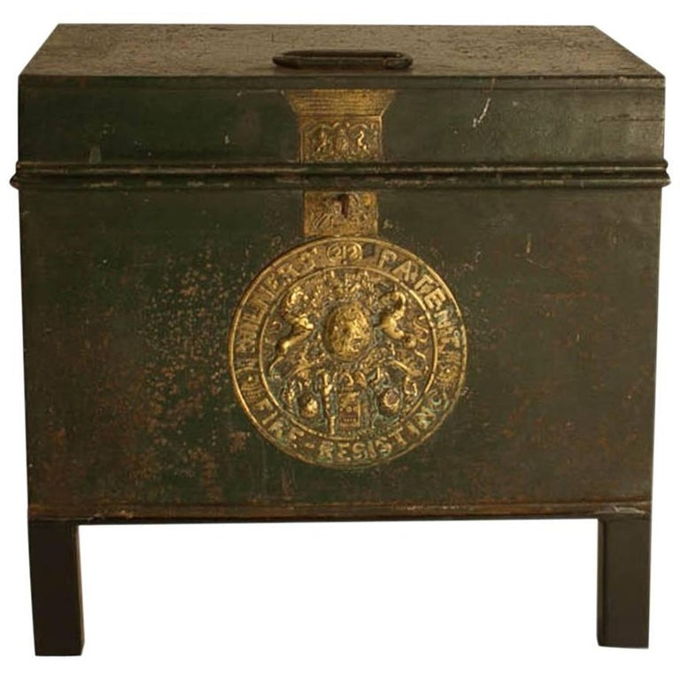 English Victorian Metal Fire Safe in Bottle Green circa 1860 with Key For Sale