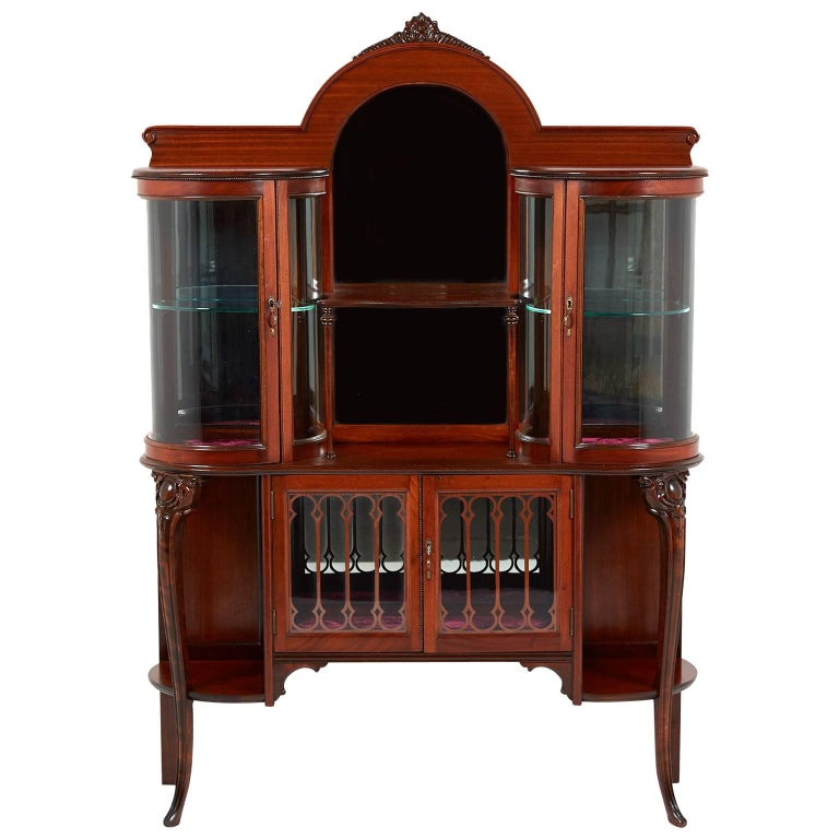 Antique American Victorian China Cabinet with Curved Glass Display, circa  1890 For Sale - Antique American Victorian China Cabinet With Curved Glass Display