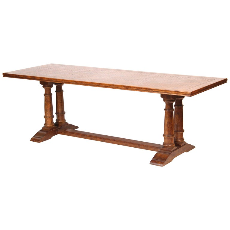 Baroque style oak dining room table for sale at 1stdibs for Baroque dining table set