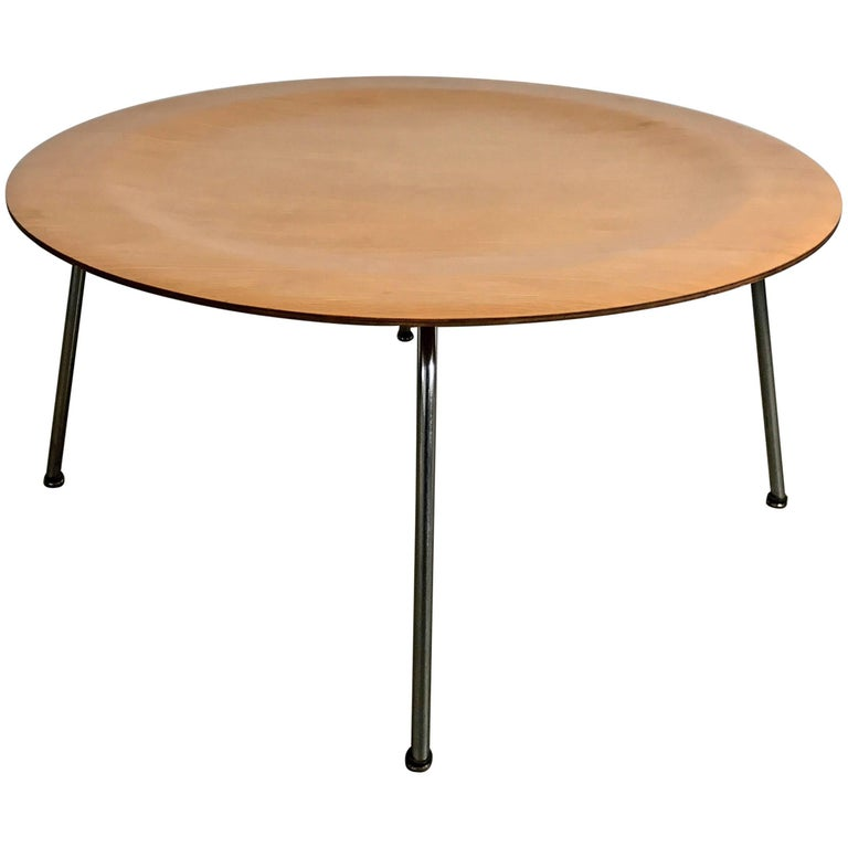 Classic Mid Century Modern Birch Plywood Coffee Table Charles Eames For Sale At 1stdibs
