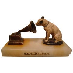 R.C.A. Victor - Nipper Sculpture Paperweight Advertising, 1910
