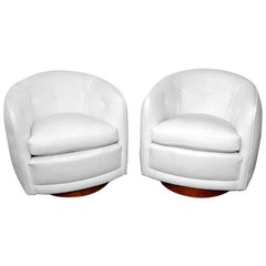 Rare Pair of Milo Baughman Swivel Lounge Chairs