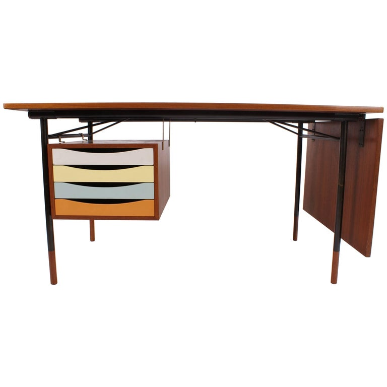 Finn Juhl Desk in Teak for Bovirke, Model BO69, 1953