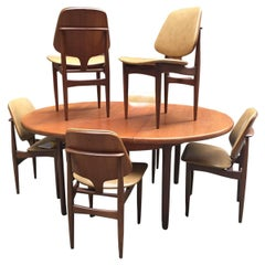 Modern English Elliots of Newbury Teak Dining Table and Chairs
