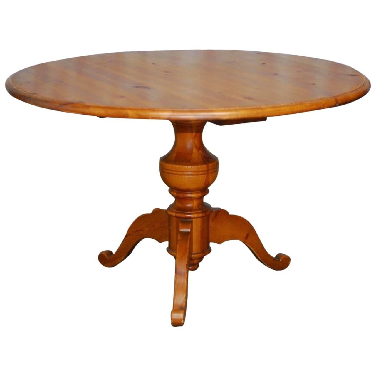 English Country Round Pine Pedestal Dining Table
