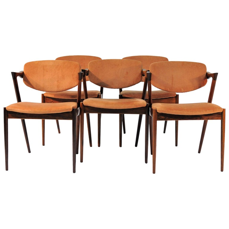 1960s Kai Kristiansen Set of Six Model 42 Dining Chairs in Rosewood For Sale