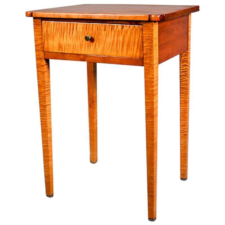 Antique Tiger Maple And Cherry Hepplewhite Single Drawer End Stand 20th Century For Sale At 1stdibs