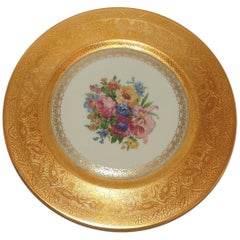 Fine Set of 12 Heinrich & Co. Selb Bavaria Gold Encrusted Floral Dinner Plates