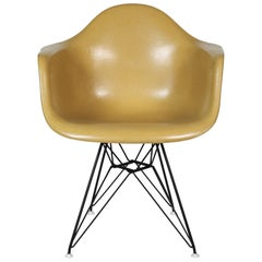 Eames Herman Miller Shell Set of Four with Eiffel Base