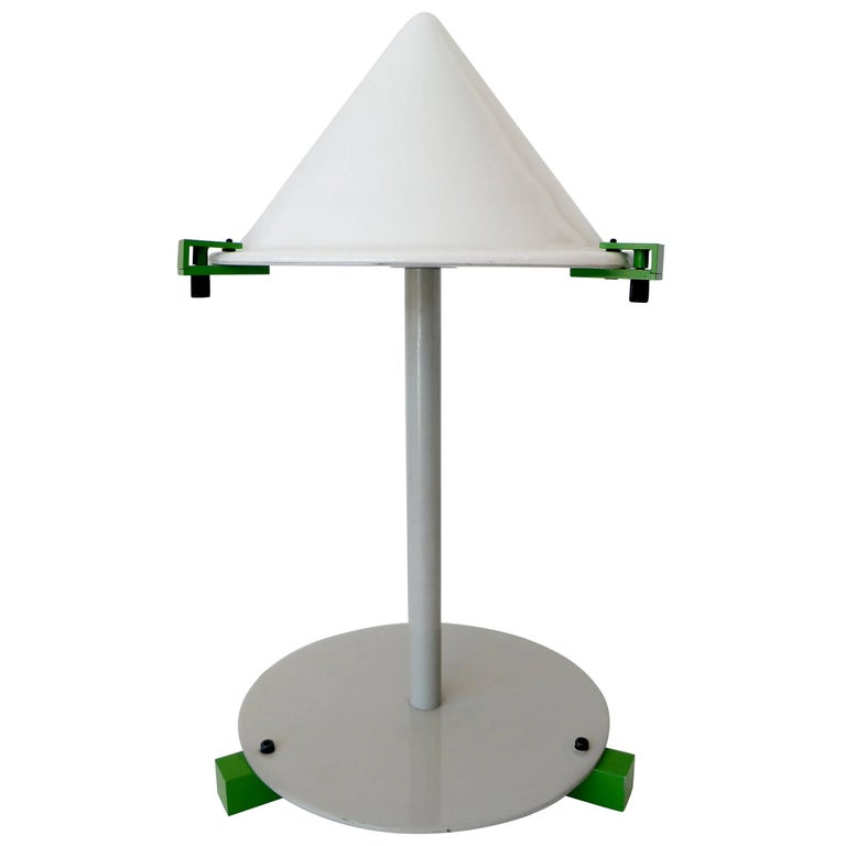"George J. Sowden Memphis ""Electronic Age"" Table Desk Lamp 1"
