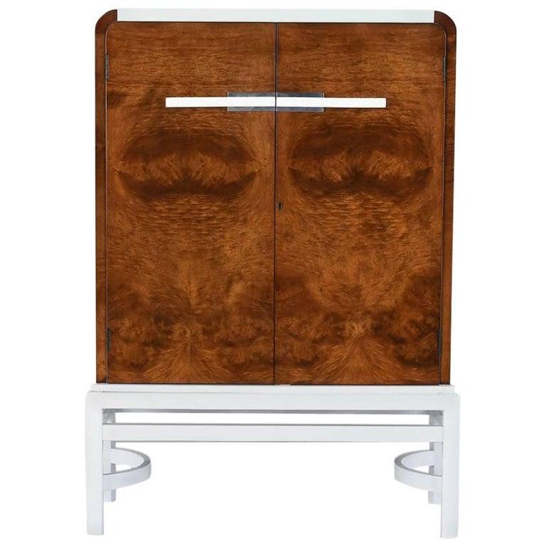Stylish Modern Style Dry Bar