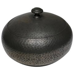 Early 20th Century Hammered Pewter Tobacco Jar, circa 1940s