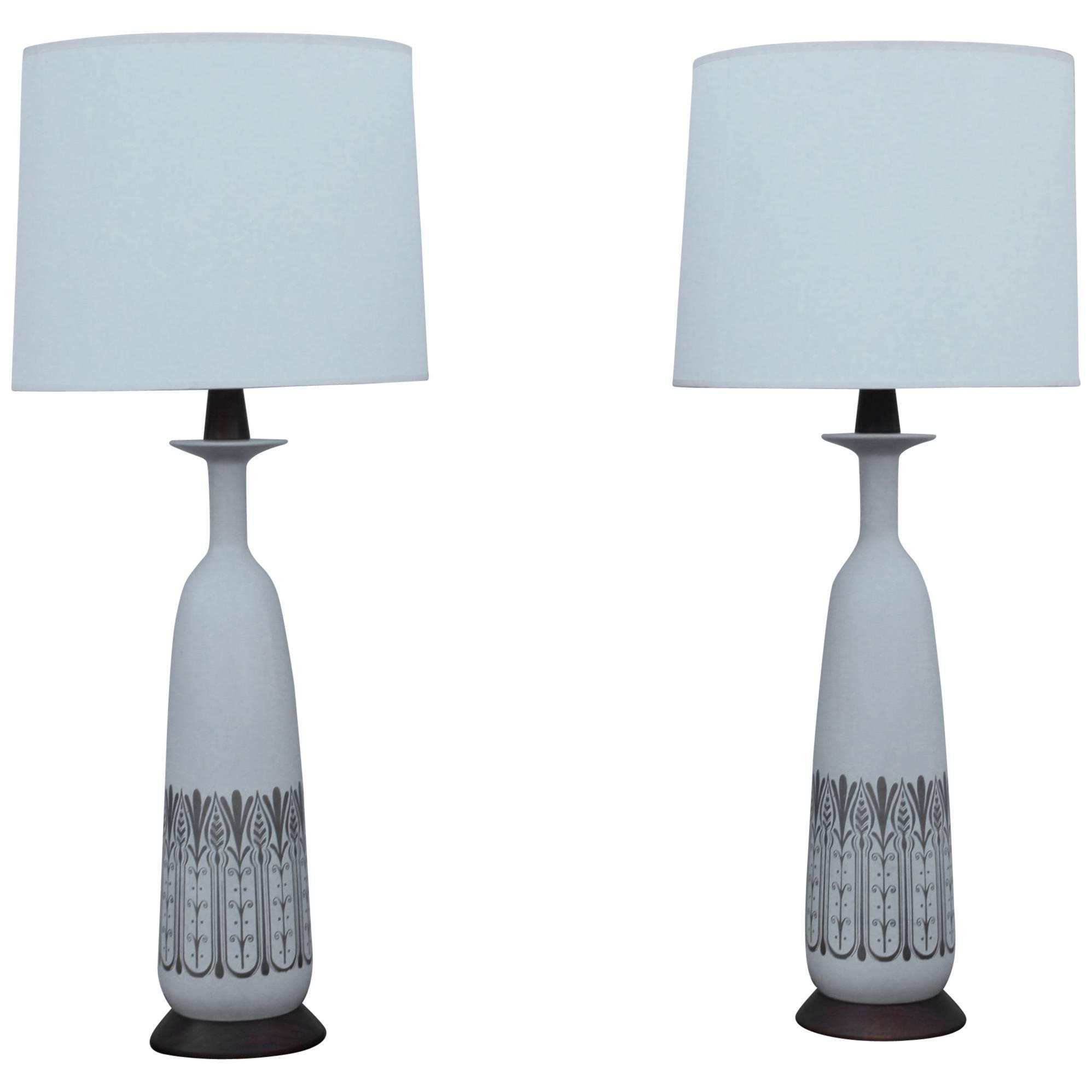 1960s Modern Ceramic and Walnut Italian Table Lamps