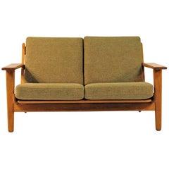 1960s H. Wegner GETAMA Sofa Model Ge 290/2 in Teak and Fabric