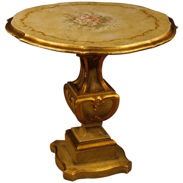 Lacquered, Gilt Italian Round Table in Wood, 20th Century