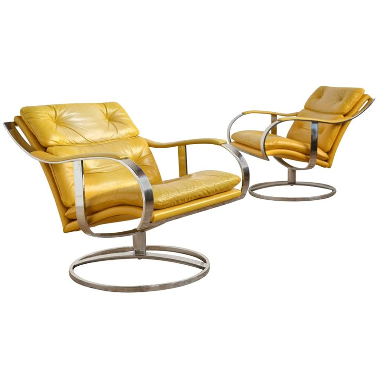 Pair of Gardner Leaver Lounge Chairs by Steelcase 1