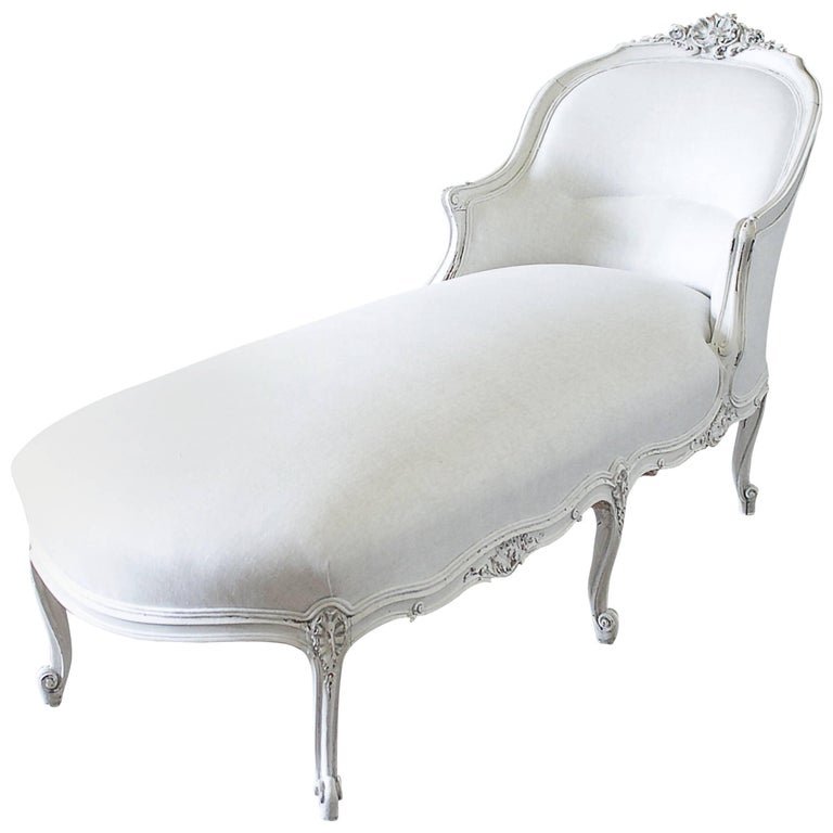 19th Century Carved and Painted Walnut Chaise Longue in Belgian Linen