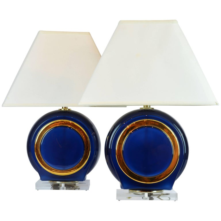 Pair of Classy Mid-Century Modern Cobalt Blue and Gilt Glass Lamps, Lucite Bases For Sale