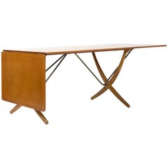 Hans J. Wegner Sabre Leg Table Model AT-304 for Andreas Tuck