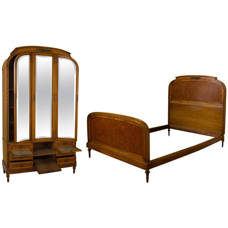 Art deco armoire dressing table compendium and bed for for Bed and dressing table