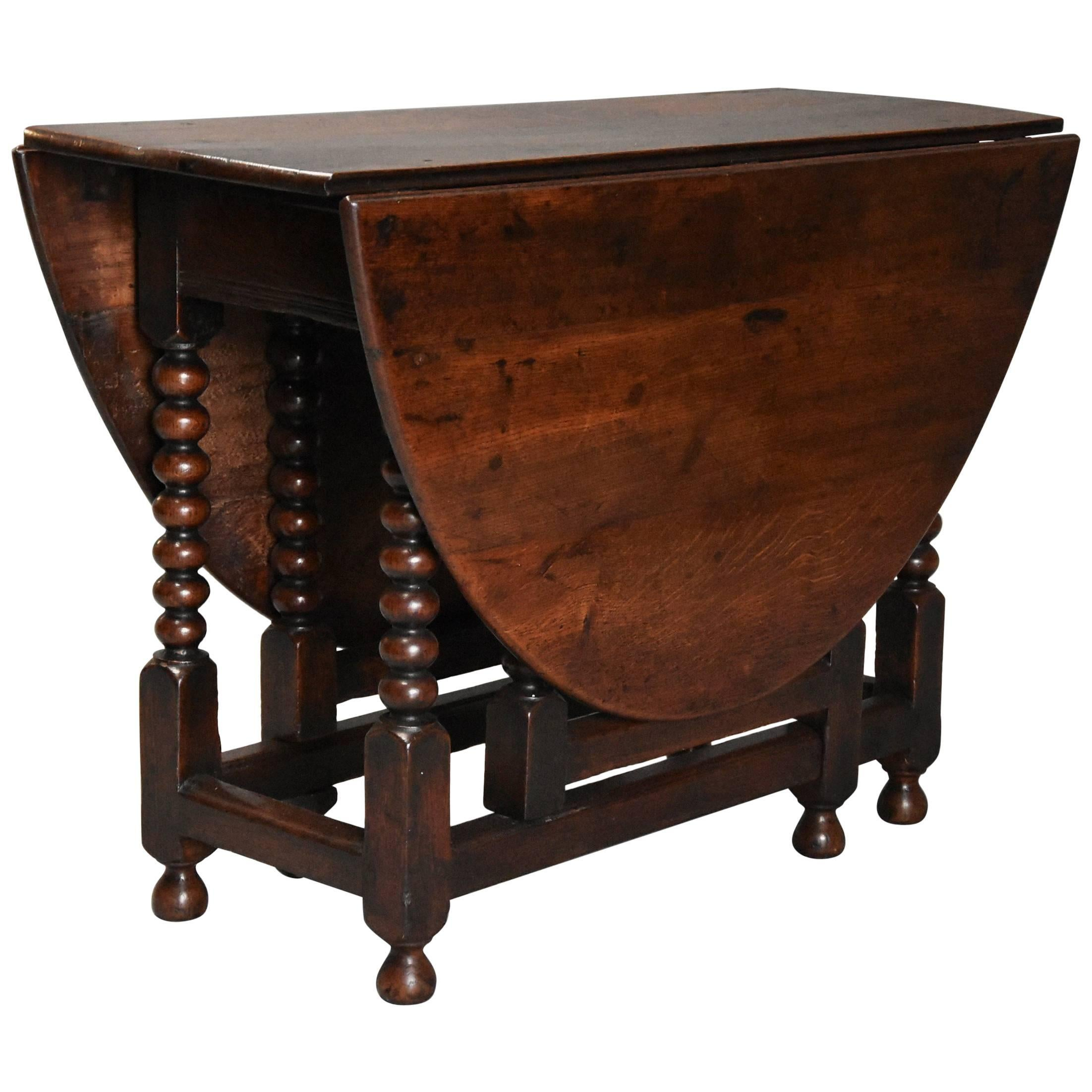 Late 17th Century Oval Oak Gateleg Table With Single Gate And Bobbin Turned  Legs 1