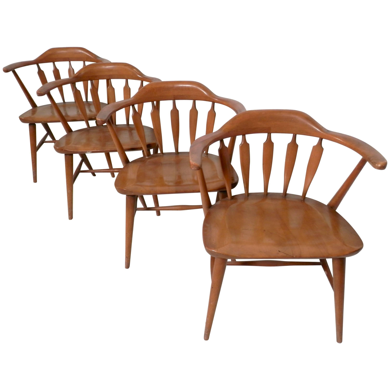 Etonnant Set Of Midcentury Captainu0027s Chairs