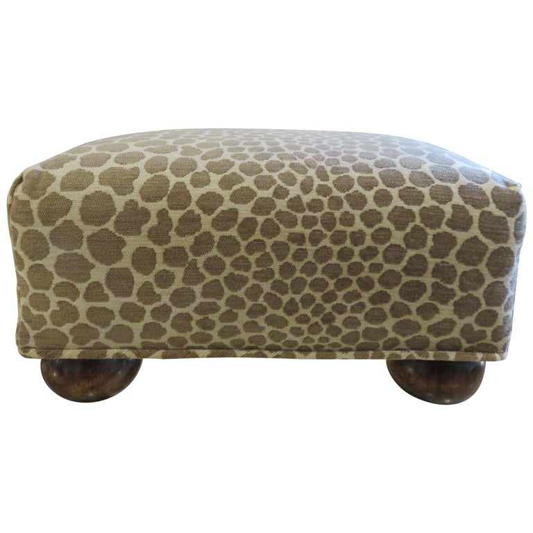 Antique  English Foot Stool, 1890s For Sale