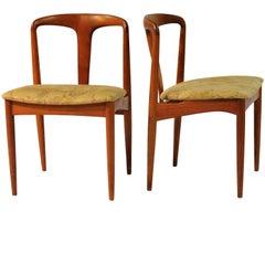 1960s Set of Six Johannes Andersen Juliane Dining Chairs in Teak by Vamo