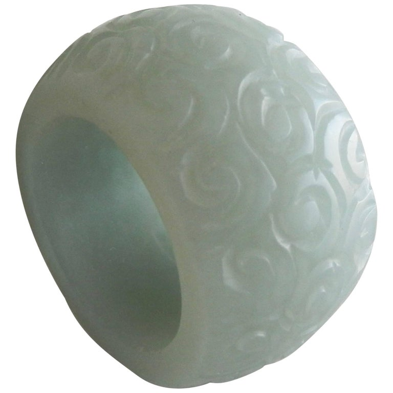 19th Century Chinese Carved Jade Archer's 'Thumb' Ring For Sale