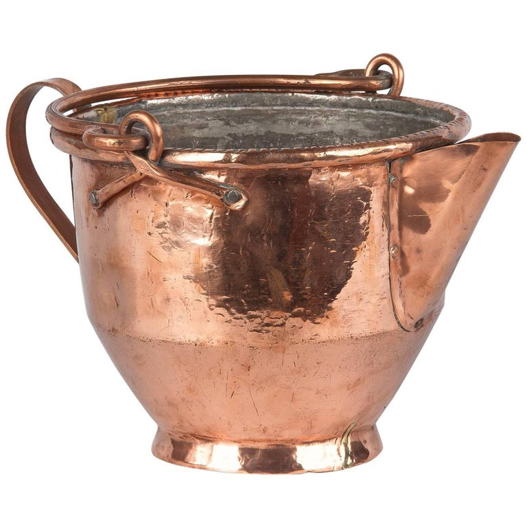 French Copper Wine Pitcher, Burgundy Region, 1900s For Sale