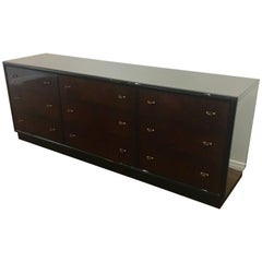 Striking Elegant Henredon Scene Three Line Long Nine-Drawers Dresser