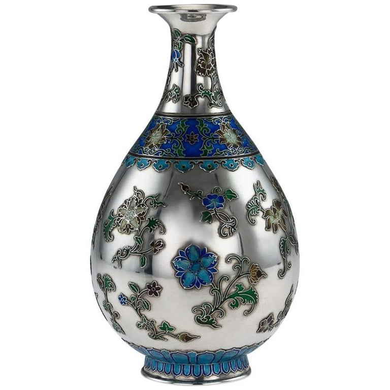 Antique Rare Chinese Export Solid Silver and Enamel Vase, circa 1880 For Sale