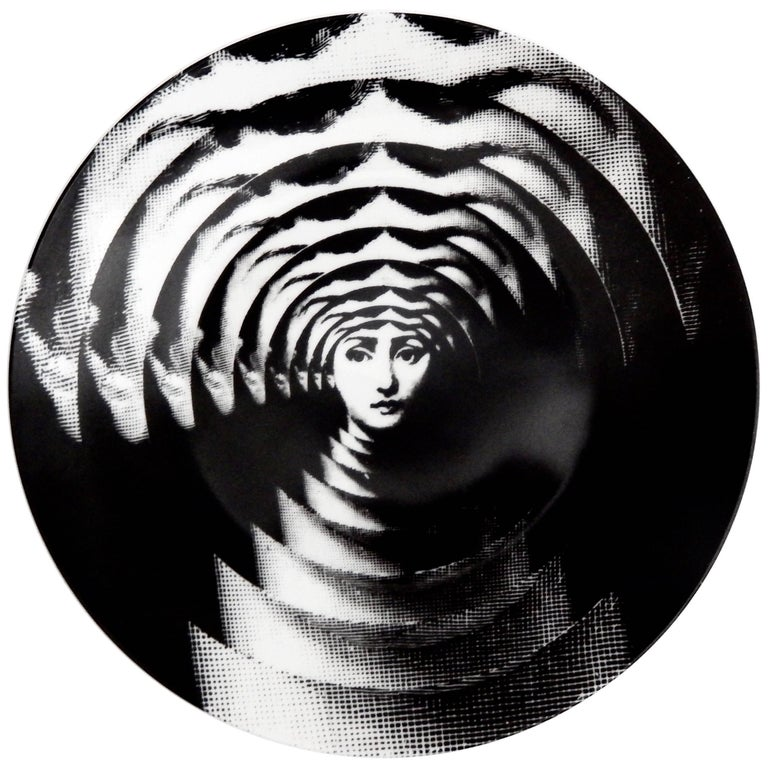 """Fornasetti """"Op Art"""" Porcelain Plate, Tema & Variazioni #172 For Sale"""