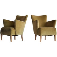 Pair of Fritz Hansen Style Small Scale Lounge Chairs Danish, Midcentury