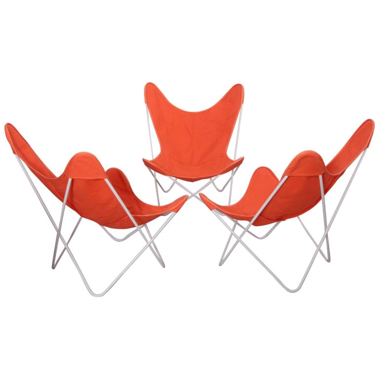 Set of Three Outdoor Early Jorge Ferrari-Hardoy Iron Butterfly Chairs for Knoll 1